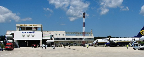 pula airport taxi transfers and shuttle service